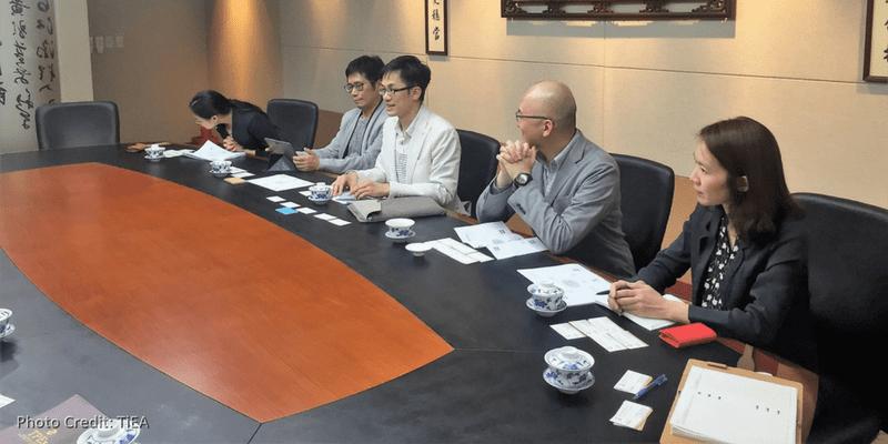 王琍瑩律師拜會櫃買中心董事長
